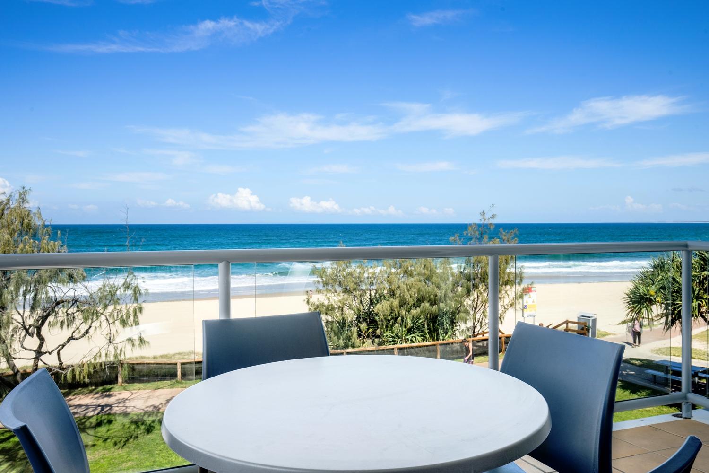 Rolling Surf Resort, 2 Bedroom Oceanfront Balcony